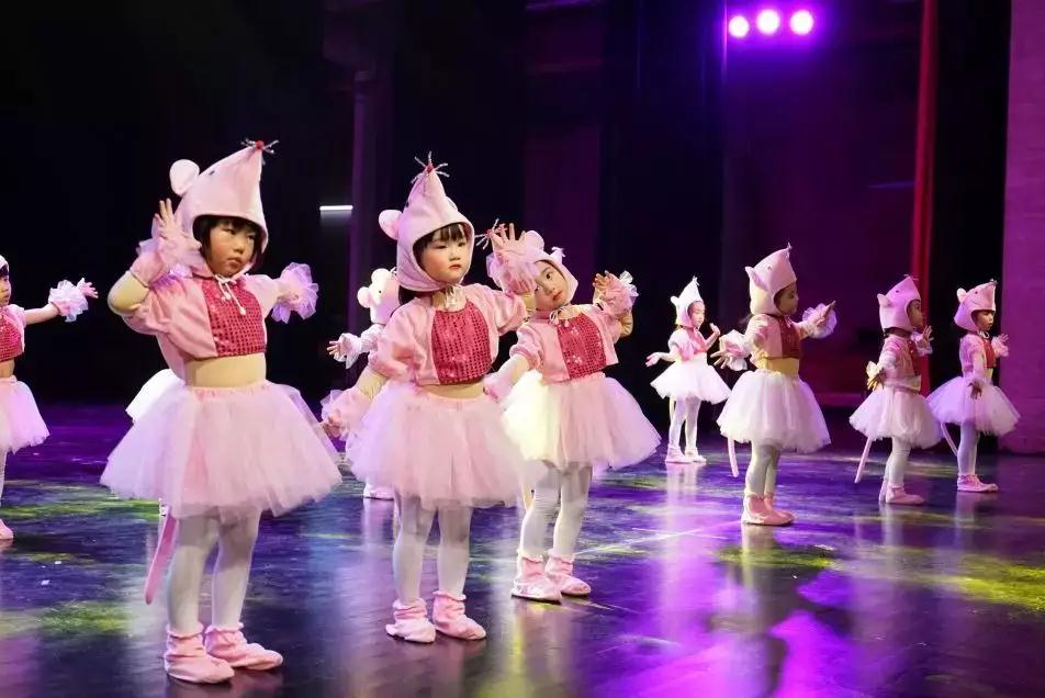 开学季丨少儿舞蹈启蒙规划+开学好礼双双放送中