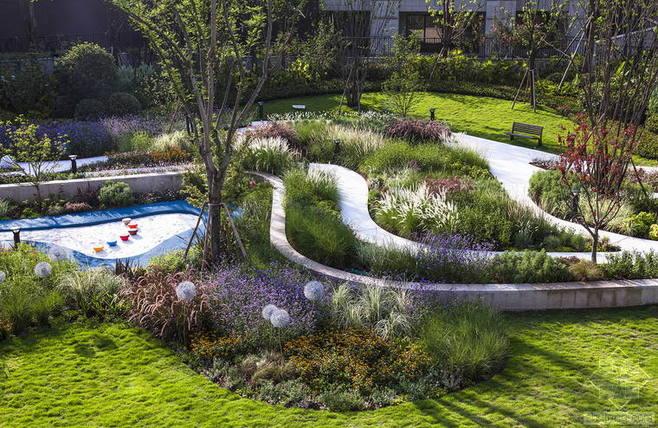 雨水收集系统打造海绵城市美丽景观-雨水花园