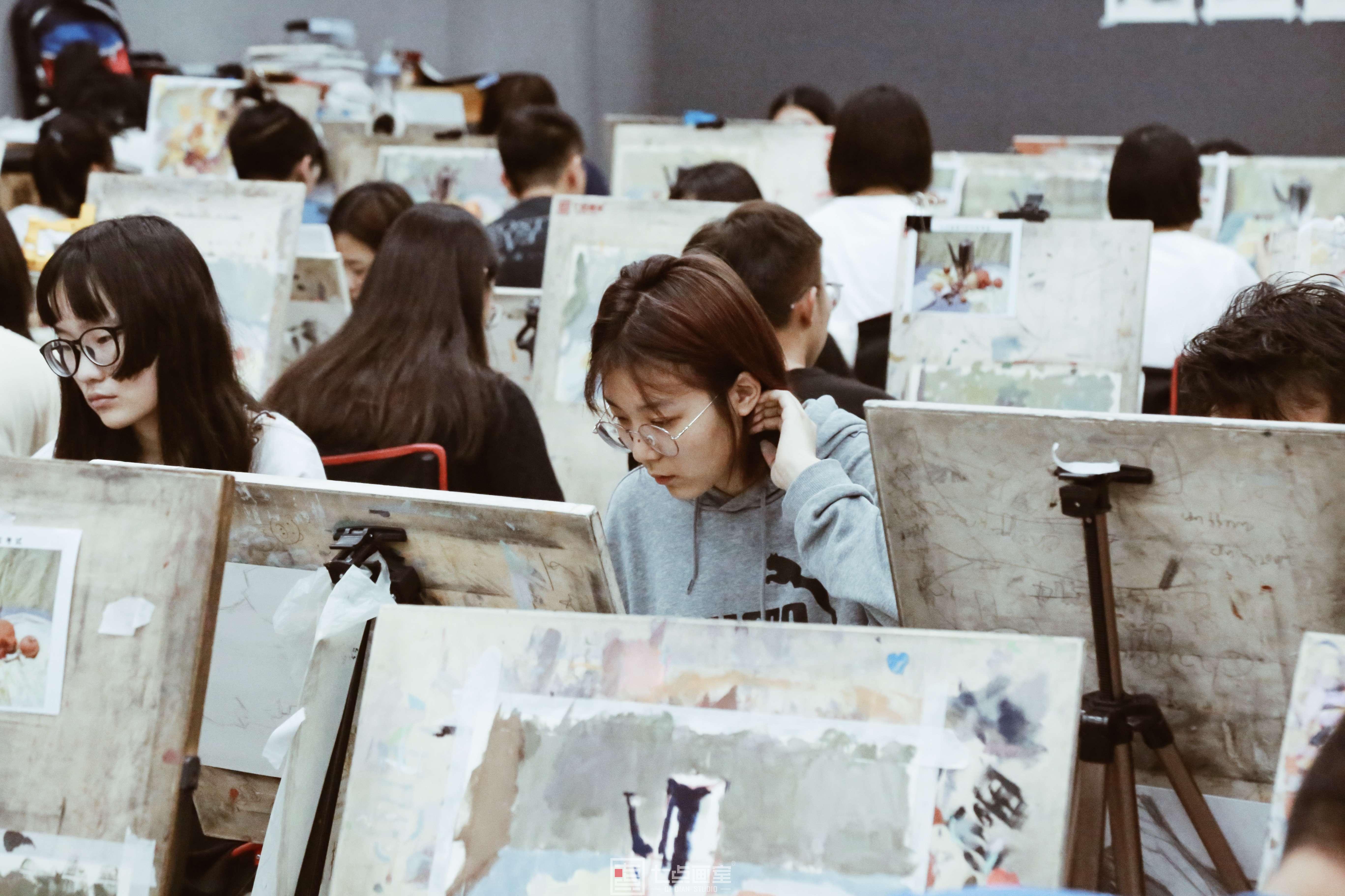 七点画室优秀作品欣赏 ▏那些以前认为很苦很累的事情,我们都坚持下来了!