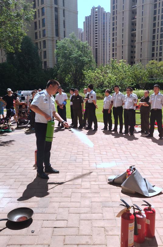 政安消防大连分中心联合中华路消防支队、凯旋门项目举办消防综合演练
