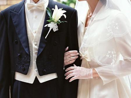 为何结婚率破十年新低?