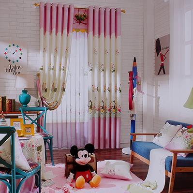 粉色花朵儿童房窗帘