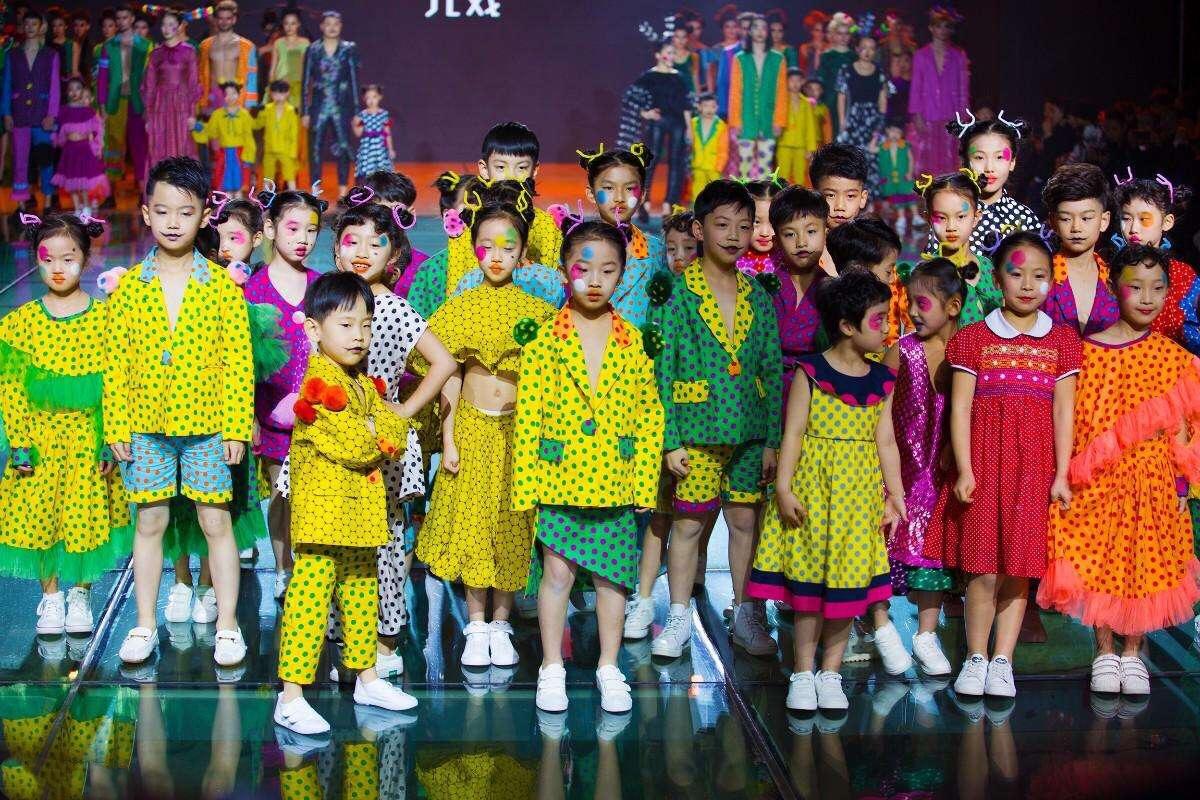 """北京丰台少儿模特培训●蓓丽模特培训与益学影业合作推出""""超级童星班"""""""