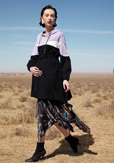 撞色可哺乳针织连衣裙