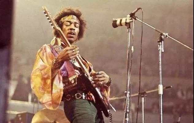 他只活了27年,却是无数人心中的吉他之神