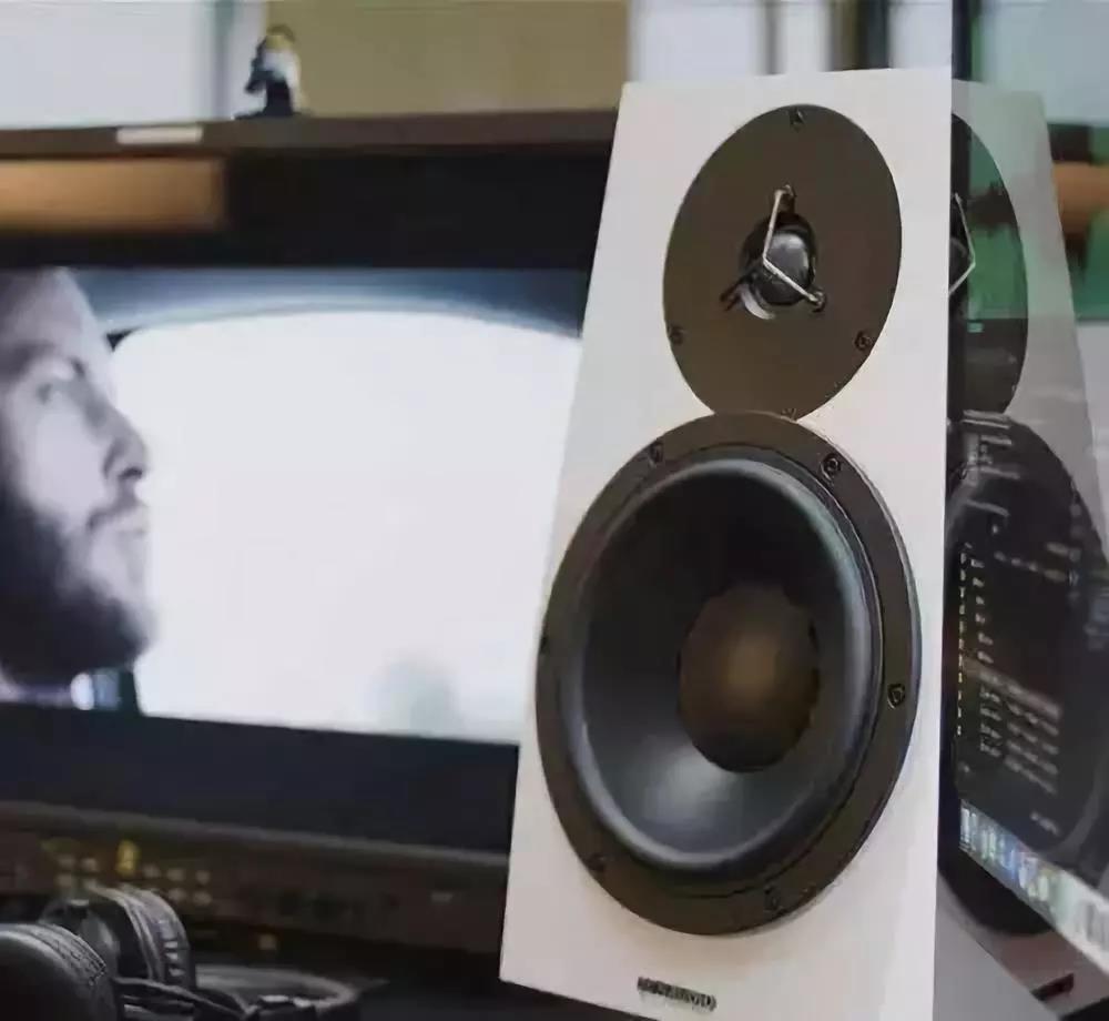 如何选择监听喇叭