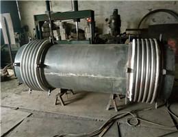 金属波纹补偿器工作原理及生产工艺