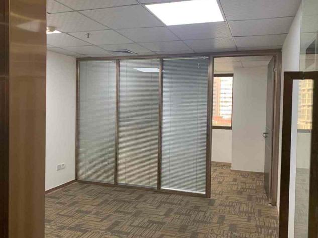 罗湖 国贸中建大厦155平 中等装修