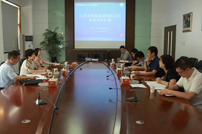 浦口区科技局领导来齐发娛乐指导省科技成果转化项目