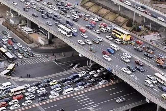解决交通问题,给你最好的城市数据大脑