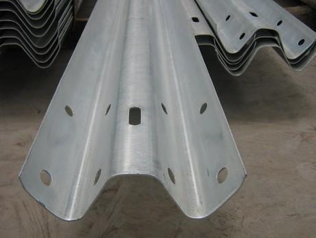 护栏板电镀锌和热浸锌的区别