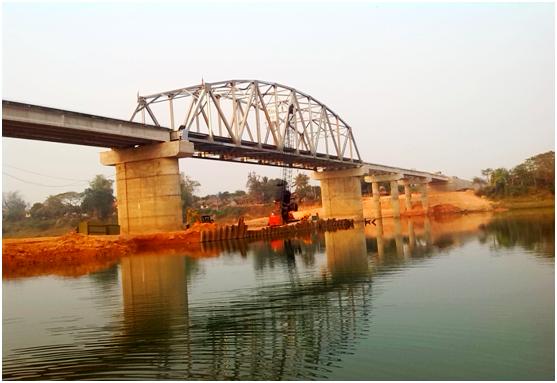 老挝66米钢拱桥