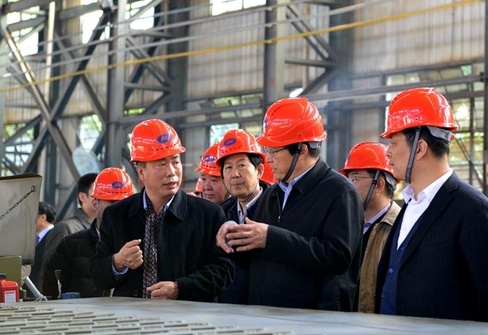 中船重工集團公司胡問鳴視察華舟重工