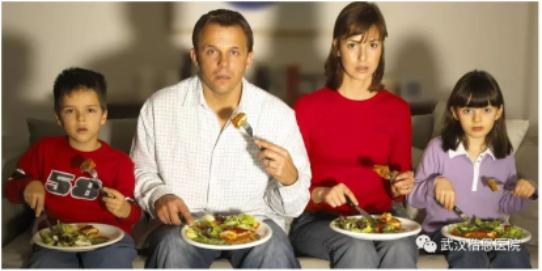 每逢佳节胖三斤,你不是一个人!假日肥竟不是因为聚餐,而是这些...