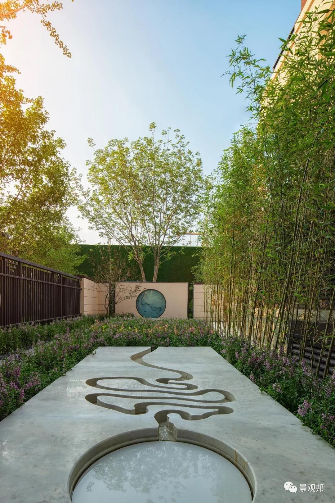 你家庭院景观设计没方向?这样的造型水景设计,让你想到了啥