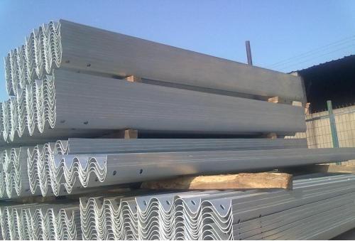 波形梁护栏板的系统原理