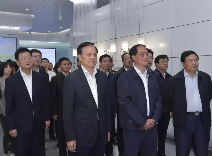 同饮长江水 共叙浙渝情 浙江省代表团在重庆学习考察