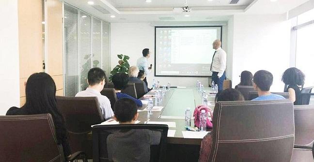 阿拉丁资产深圳分公司举行英国名校直招活动