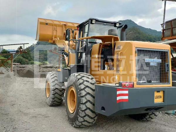 广州佛山南海区大沥镇H5-T125铲车秤安装完成