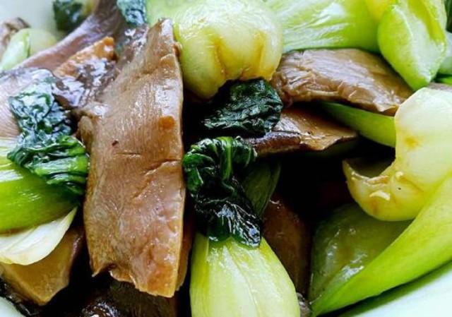 4款菌类减肥食谱:帮助清理肠胃 每天吃一点 让体重轻松降下来!