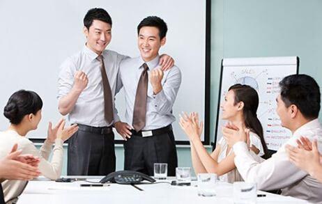 职场生存法则:如何在公司职场中与同事相处