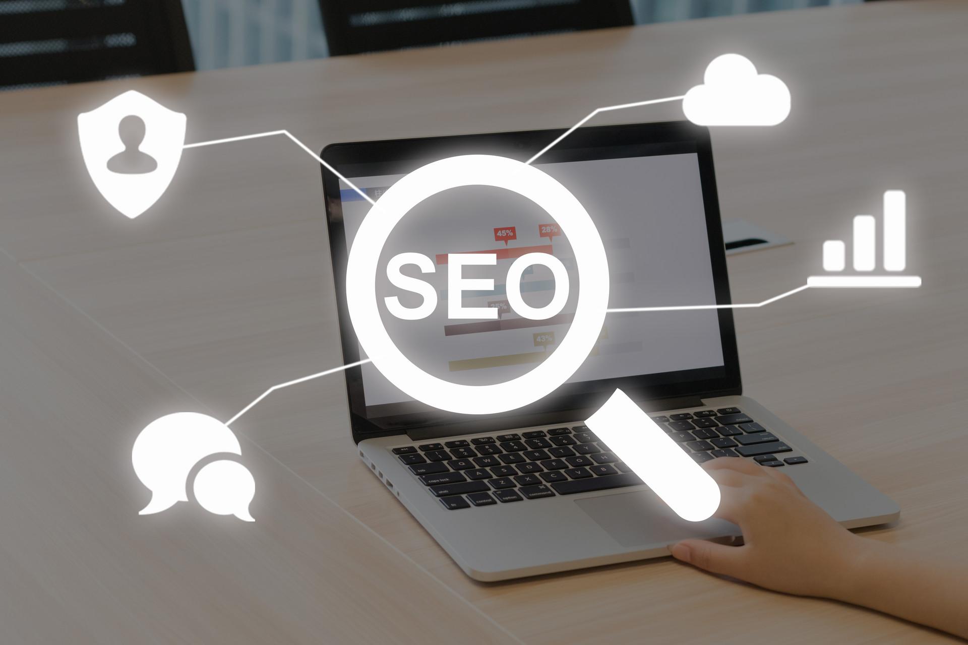 犀牛云分享:搜索引擎自然排名,影响网站排名因素有哪些?