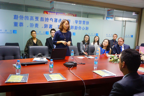 苏黎世应用科技大学及香港浸会大学EMBA师生来访海格物流