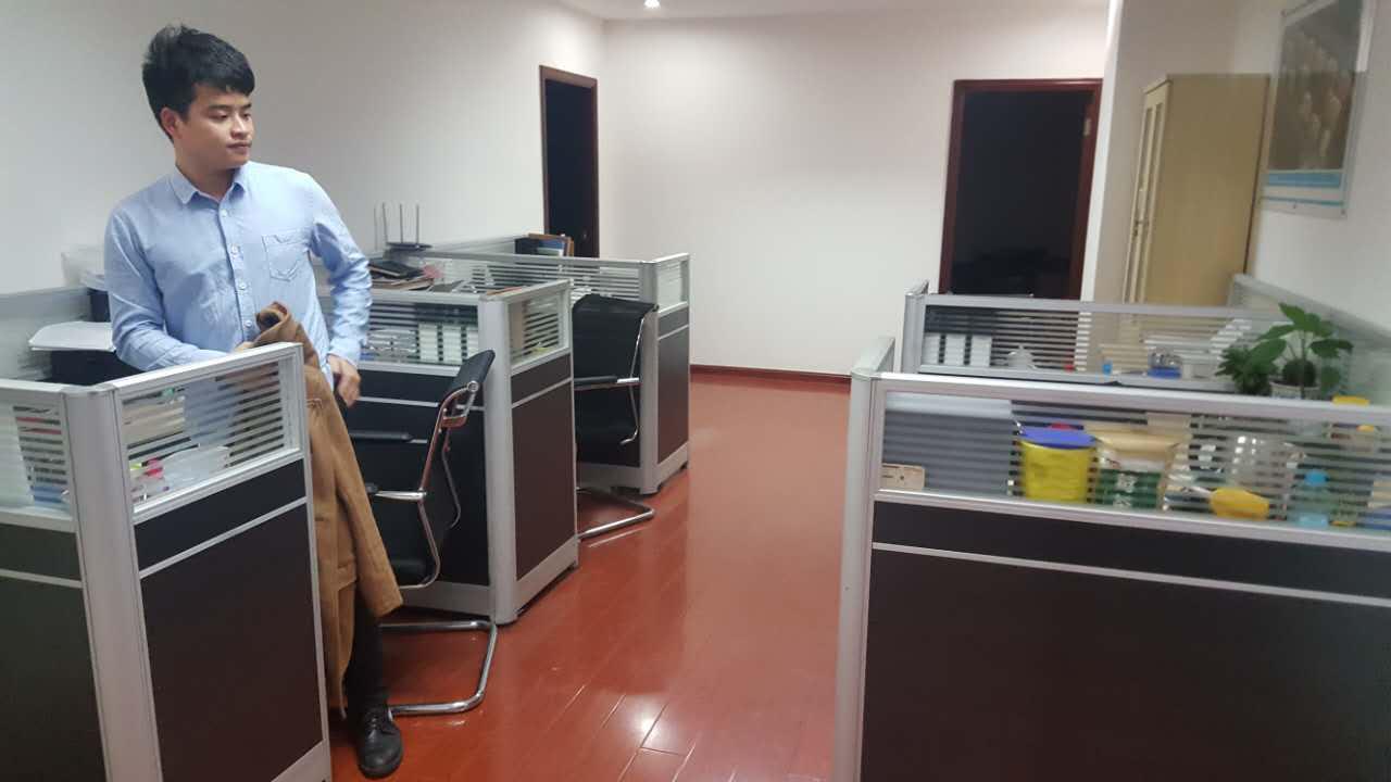公司领导访问中建七局海峡公司上海分公司