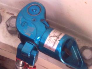 拜尔液压扳手应用于海装风电现场风机安装