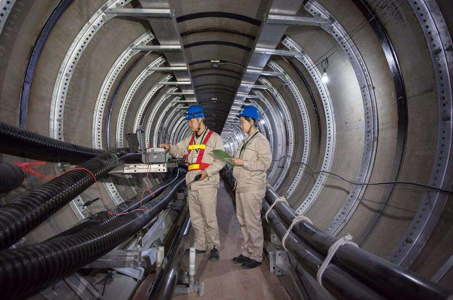 城北双T捞黑马黎双回110KV、220KV架空方式改电缆隧道下地工程: