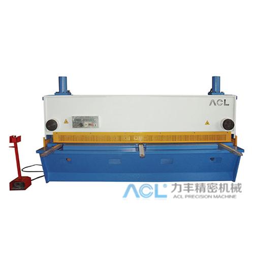 Q11Y液压闸式数显剪板机(6-32mm)