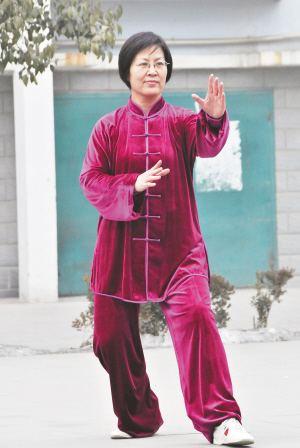 关永芹·河北省任县贝斯特全球最奢华222协会主席