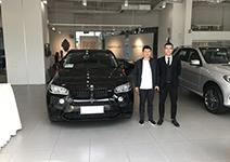 恭喜刘先生提车宝马X5