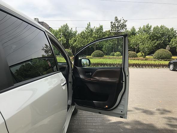 新车到店 | 丰田塞纳新车到店!