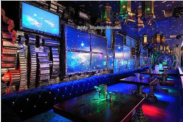 超外太空——星球酒吧
