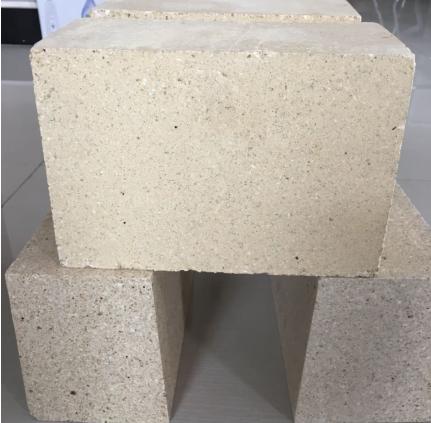 低导热三石砖的研制及特性