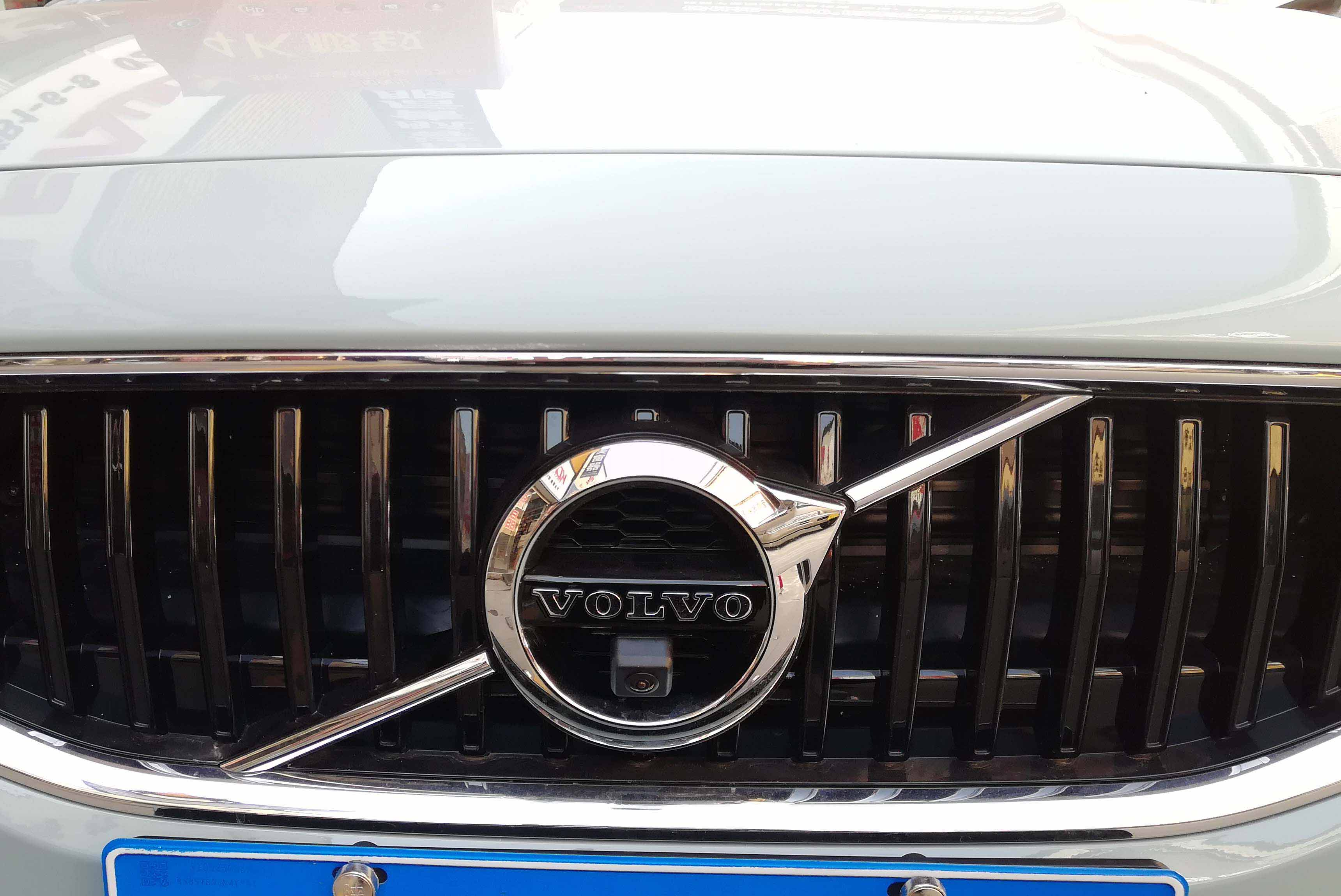 沃尔沃V40加装车视野超清4K全景,小改变带来大大的安全感