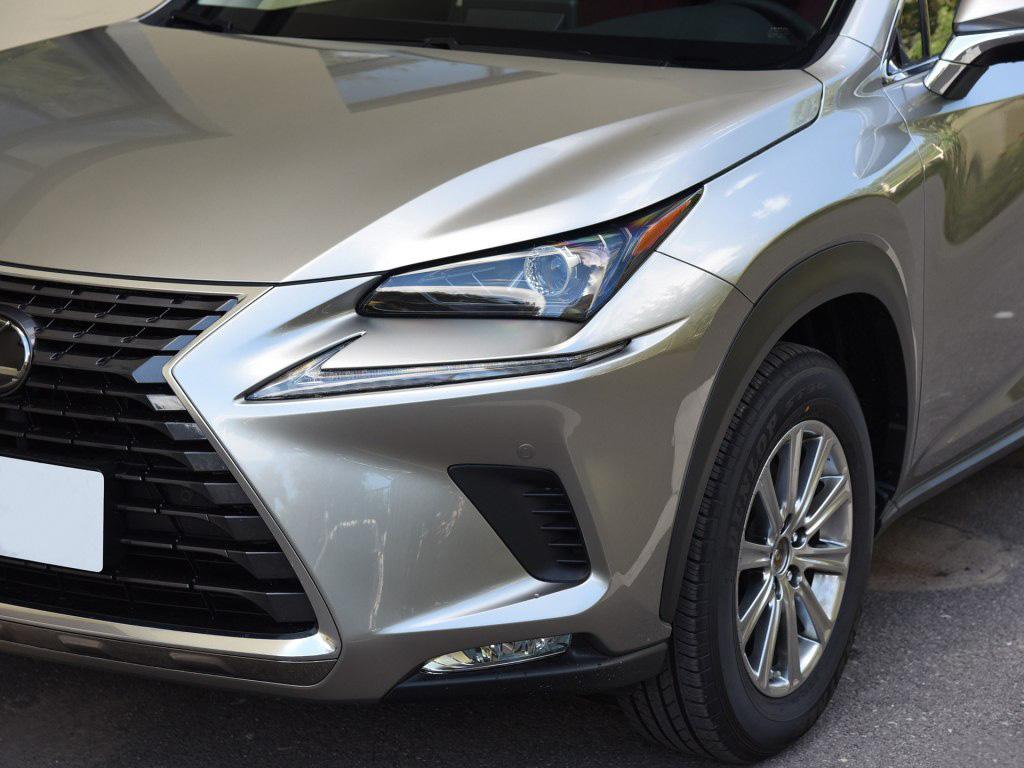 雷克薩斯nx300h升級車視野3D-8000全景,視野更大,更有格調!