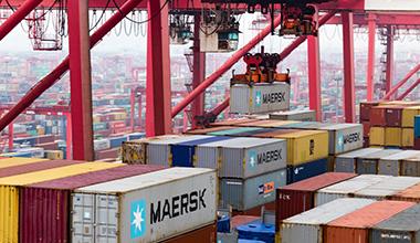 延伸现代万博max官网手机版业上海货运的发展