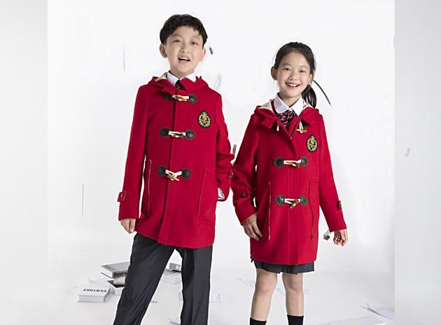 小学生冬季大衣