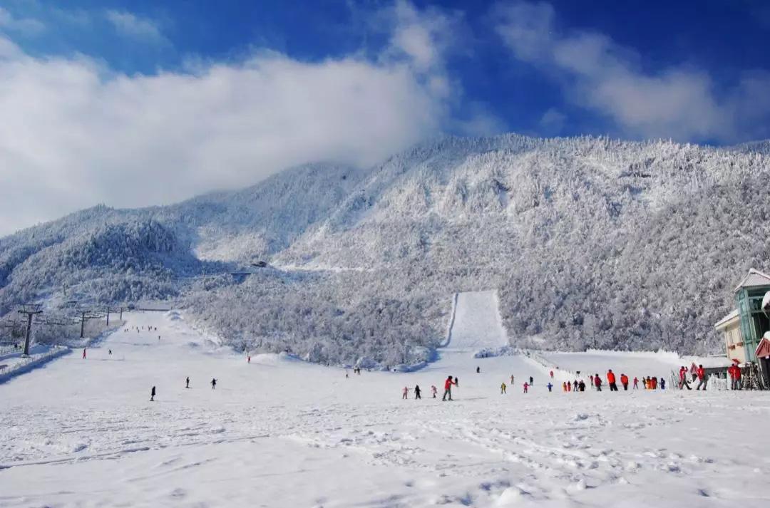 四川人民有福了,冬日去这些地方滑雪撒个泼儿,安排,必须安排!