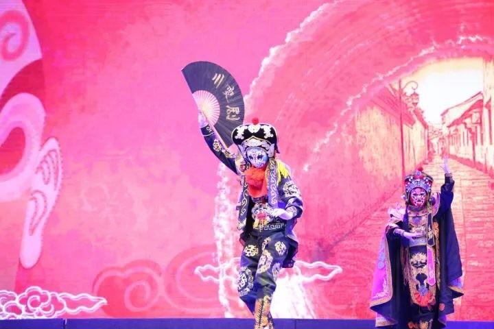 表演系举办第一届表演系迎新晚会