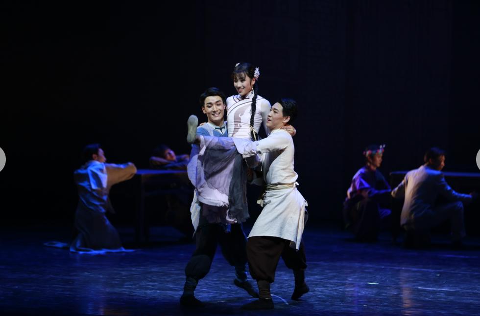 我院原创舞剧《金蝉塑与糖人宝》参加第六届中国校园戏剧