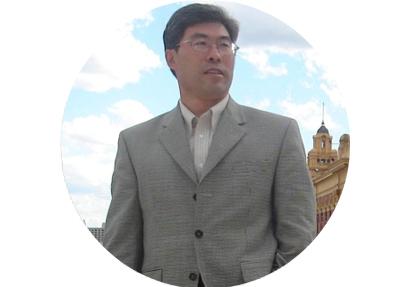 王玉强,广州喜鹊医药有限公司,董事长兼总经理