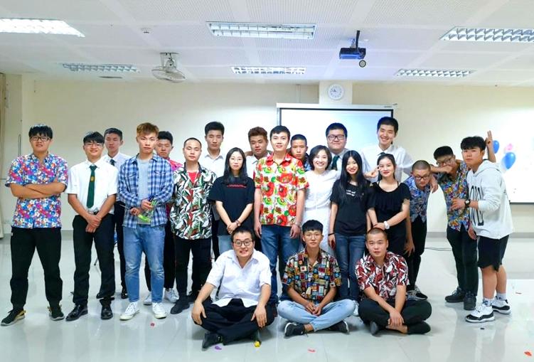 我校18级中国留学生举办新年晚会