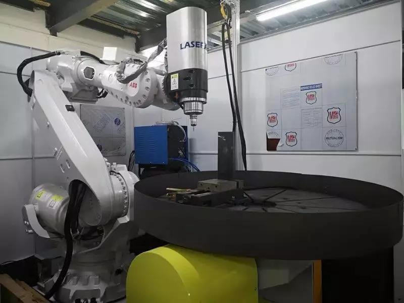 """恭贺雷佳增材""""等离子弧成形与铣削加工复合增减材机器人制造技术""""经专家评审达到了国际先进水平!"""