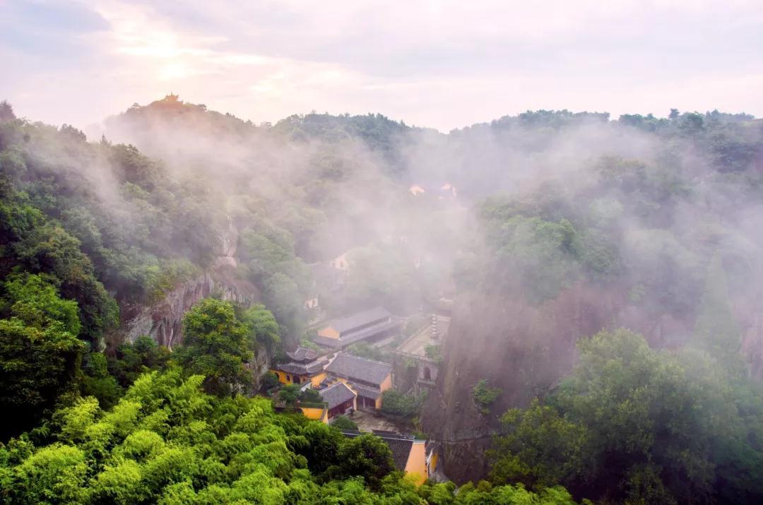 赵丽颖冯绍峰新剧取景地,竟是一个隐世千年的江南小城