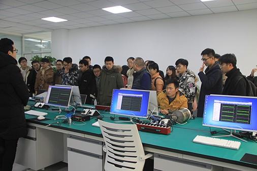 南京工业大学学生来我公司实习参观