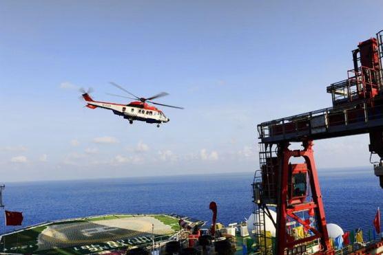 南海海域13-1石油平台停机坪