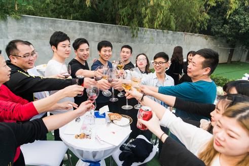 必发888平台集团2018全会在江阴圆满落幕